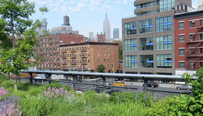 Meatpacking District in New York - High Line Park