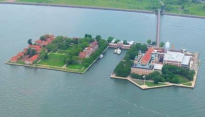 Statue of Liberty and Ellis Island Boat Tour - Ellis Island