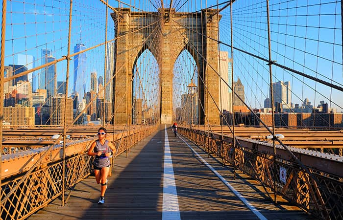Brooklyn Bridge in New York - Running
