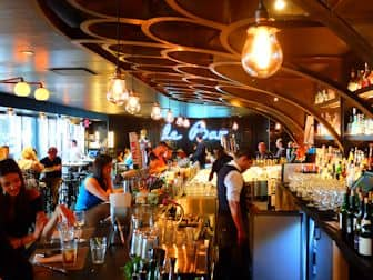 New York Markets - Le Bar at Le District