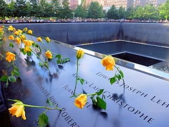 9/11 Memorial in New York - Roses