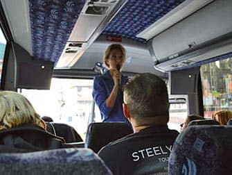 Movies and TV Tour in New York - Guide in Tour bus