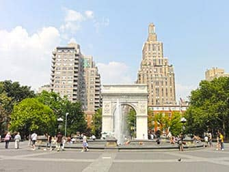 Movies and TV Tour in New York - Washington Square Park