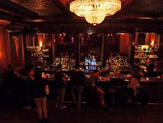 Hidden (speakeasy) bar tour in New York - Cocktail Bar