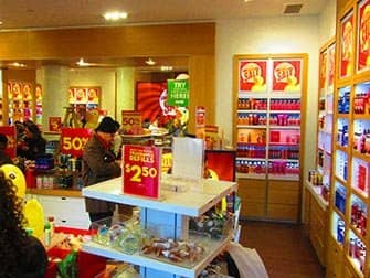 Make-up in New York - Bath and Body Works interior