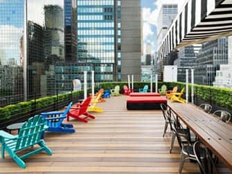 Pod 51 Hotel in New York - Rooftop Bar