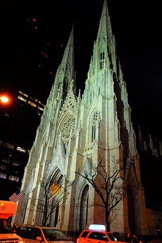 St Patricks Cathedral in New York - At night
