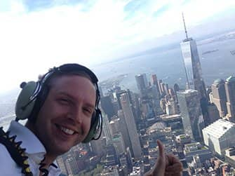 No Door Helicopter Tour in New York - Selfie
