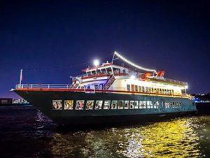 Hudson River Dinner Cruise in New York